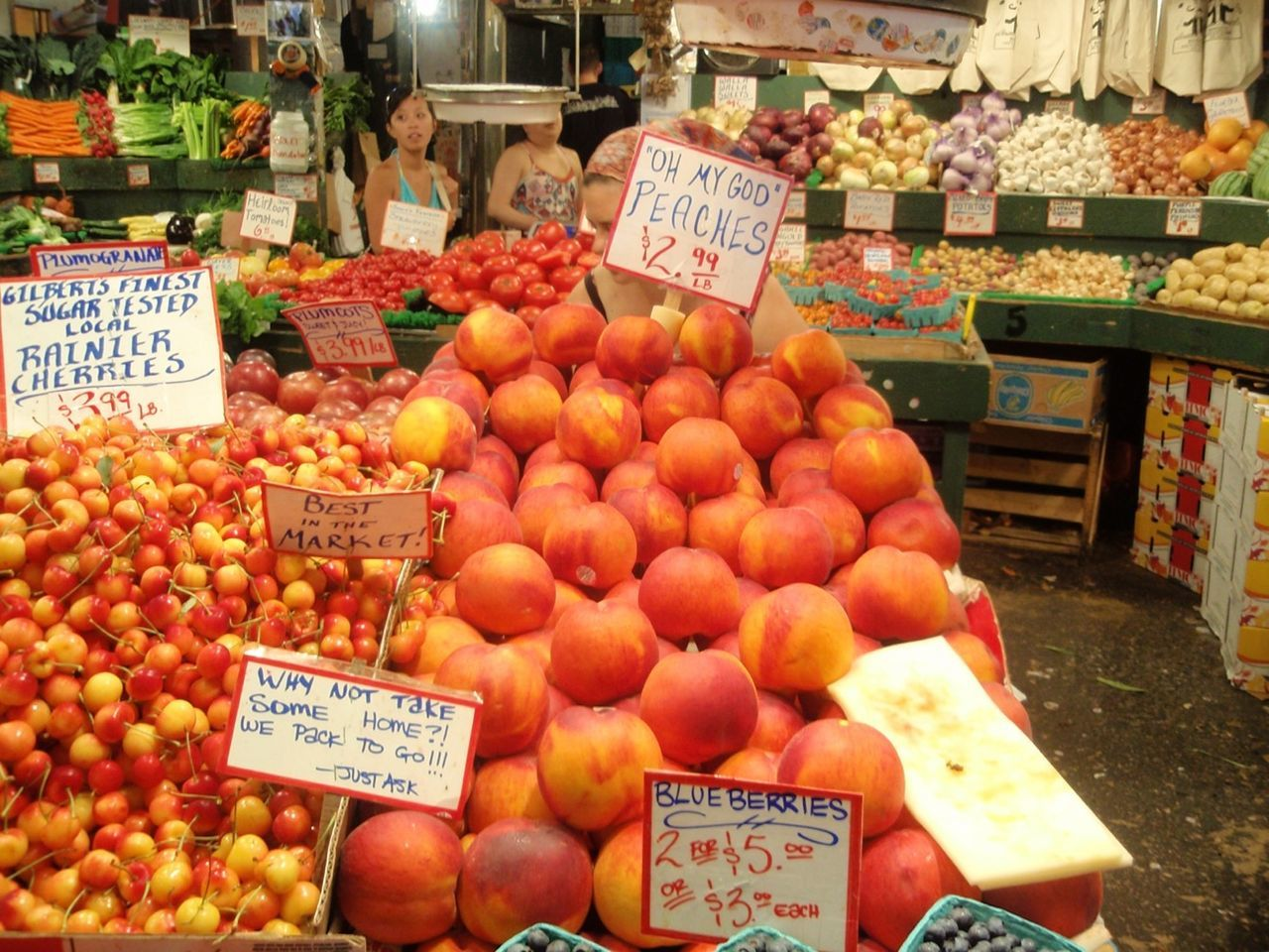 price tag, choice, fruit, market, market stall, food, food and drink, abundance, variation, text, outdoors, communication, freshness, for sale, retail, healthy eating, no people, day, large group of objects, peach