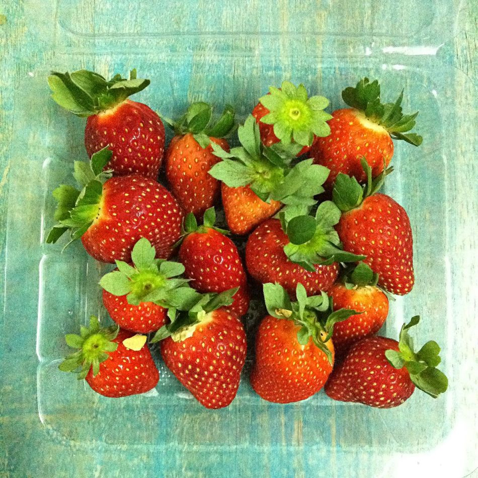 10-Oct-2015 Strawberries From Cameron From Beloved  IPhoneography Iphone4 Appreciation Found On The Roll