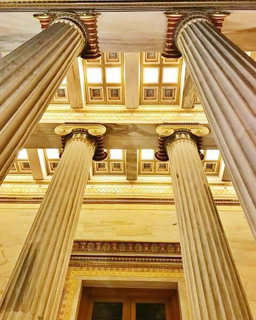 architecture, built structure, architectural column, history, indoors, government, travel, travel destinations, building exterior, concert hall, no people, day