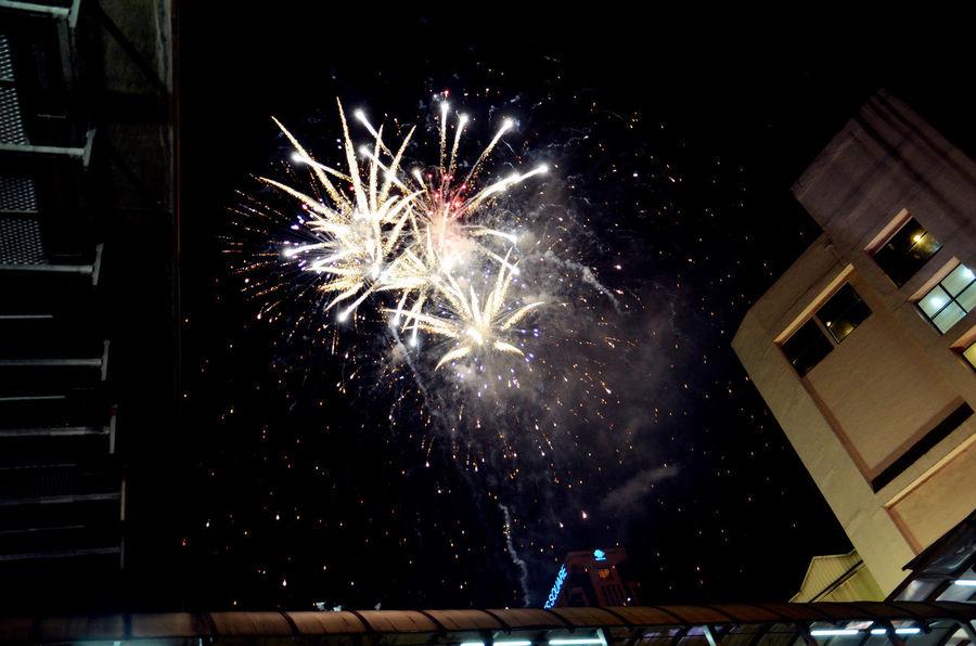Eyeem Fireworks Fireworks Collection Fireworks In The Sky Fireworks! Fireworksphotography Fireworks❤ Nightsky! :) Nightskyphotography Sky_collection
