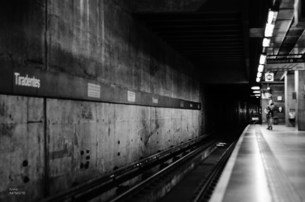 transportation, the way forward, illuminated, rail transportation, tunnel, indoors, built structure, architecture, no people, subway station, night