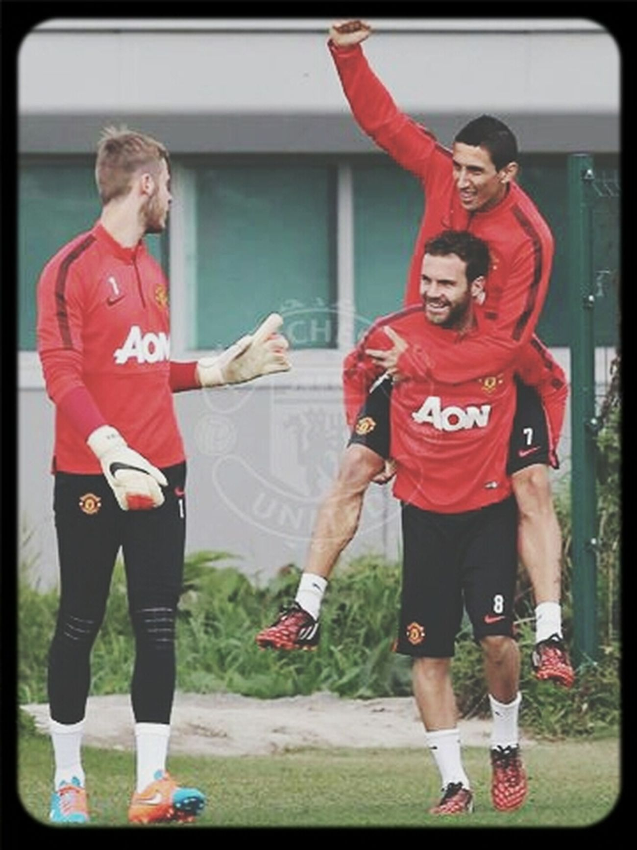 Hanging Out... Di Maria. Mata.De Gea.. having great time... Taking Photos