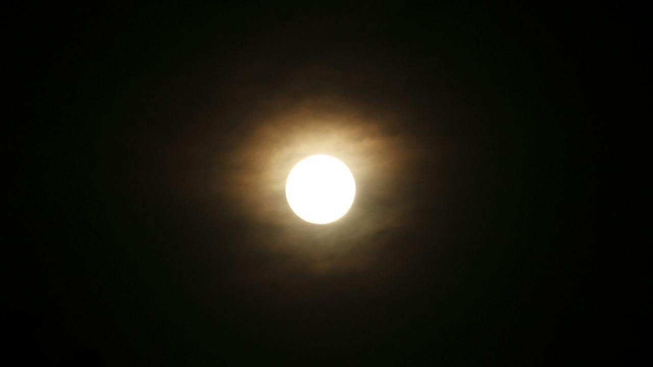 glowing moon Moon Moonlight Full Moon Moon Shots The Moon Moon_collection Oklahoma City Oklahoma Skies Oklahoma Sky