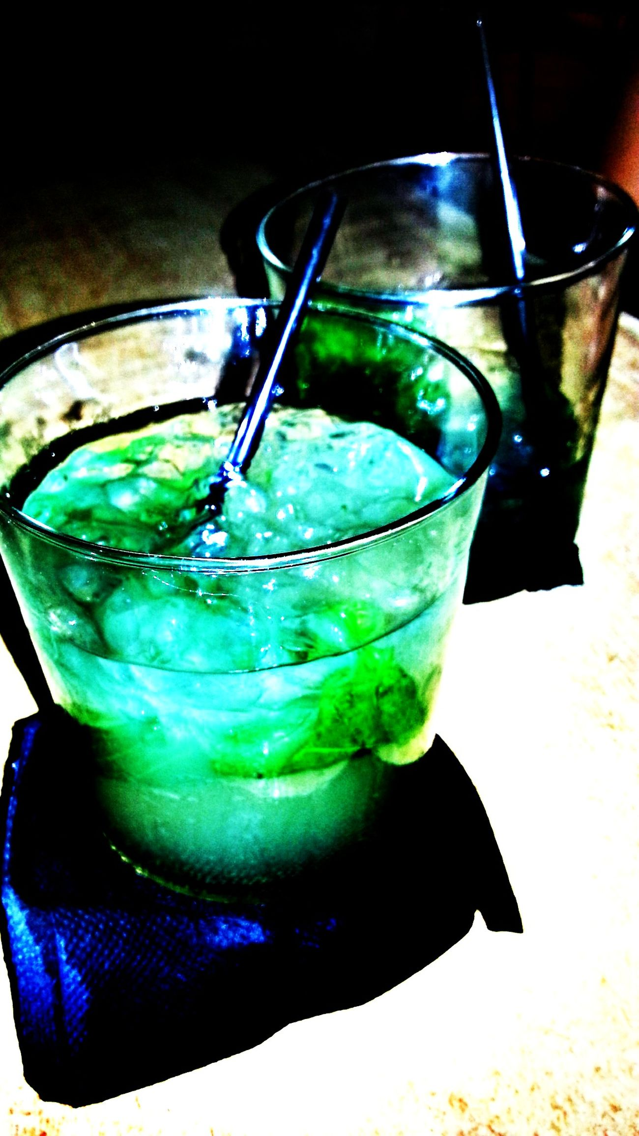 Por no perder las buenas costumbres....Mojitos!!! Taking Photos Good Night World