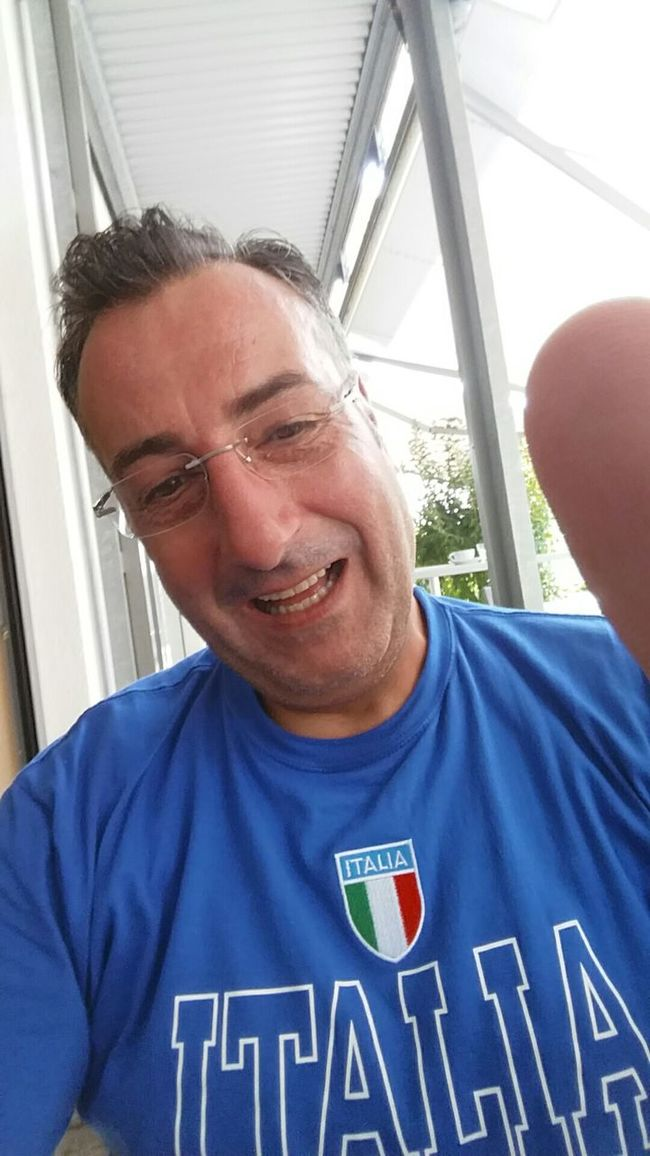 Lachen ist gesund! Lachen Simle  Cool People Are People Hello World For My Friends Bayern Relaxing Italien FreeTime