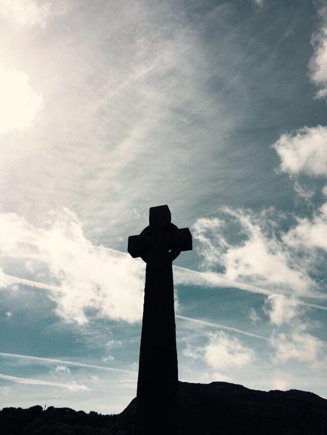 Stone Cross Portmadog War Memorial