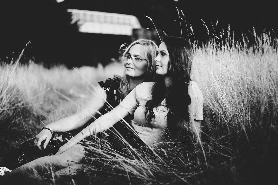 Canon60d Women Capture The Moment B&W Portrait Taking Photos Marta Kasia Love❤ Mother & Daughter 2woman Family❤