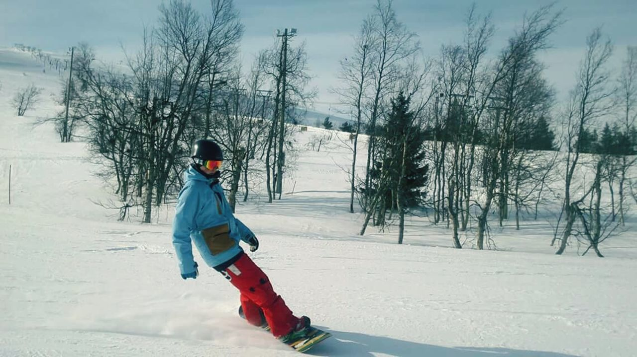Winter Snow Snowboarding Finland Icy Snowy Days... Action Shot  Outdoors Cold Temperature FinlandsWinter Photographer In The Shot