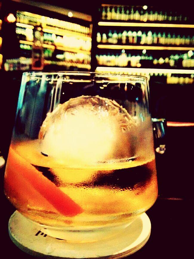 Whisky Liquidgold Auld Alliance Singapore Laphroaig Oldfashioned Nightout Tgif Check This Out Xperiaz2