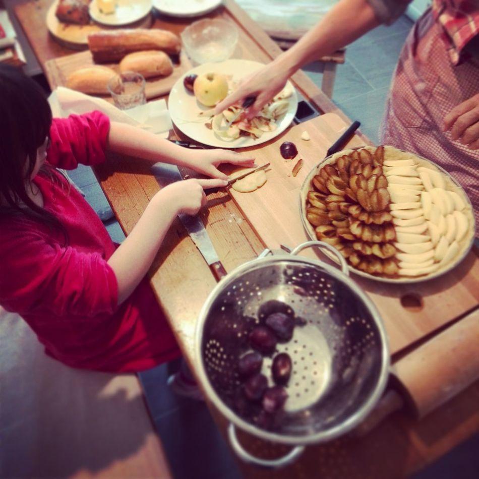Beautiful stock photos of granny, Baking, Bonding, Cake, Casual Clothing