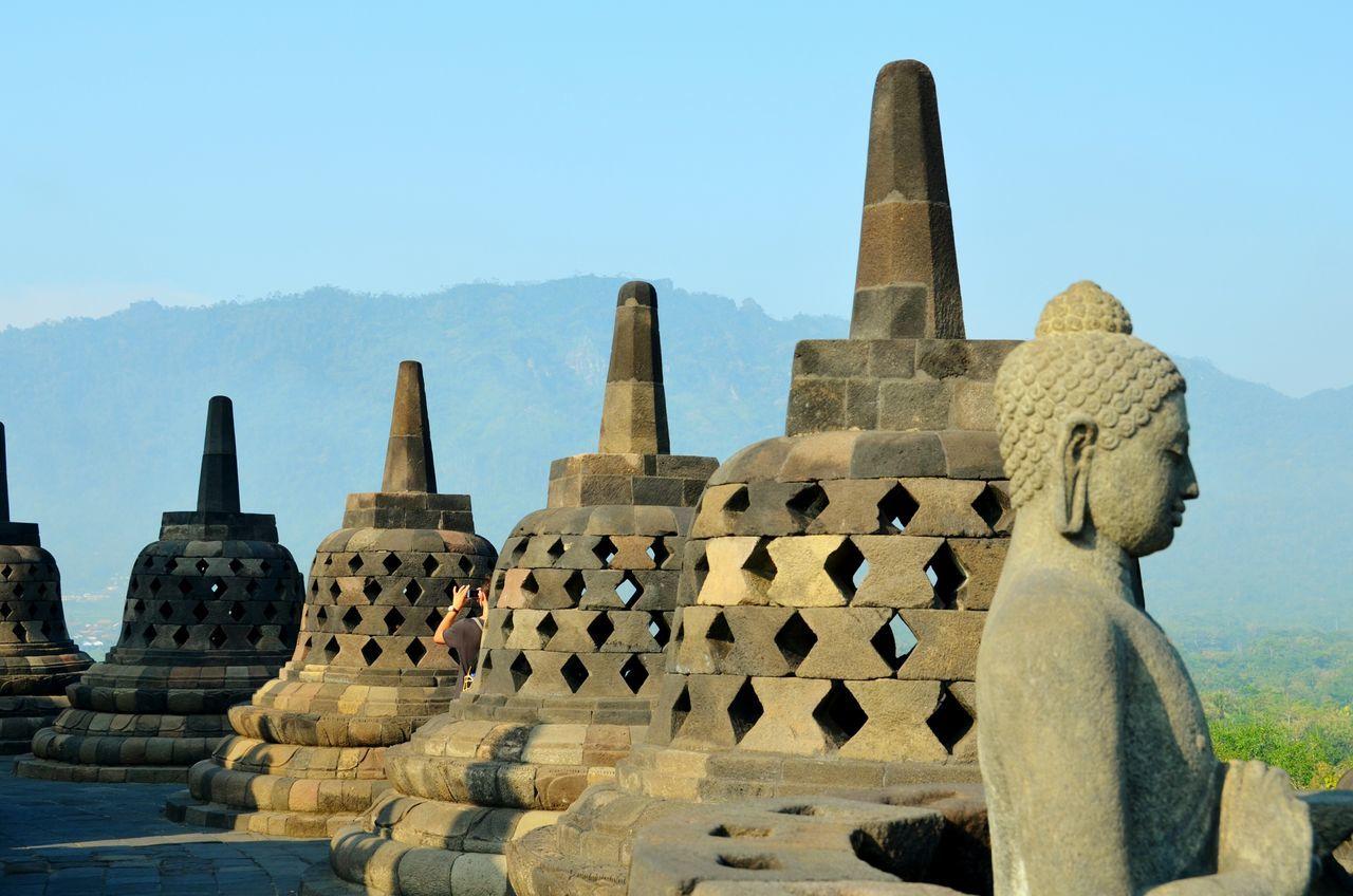 Historical Monuments Borobudur Temple Java Buddhism EyeEm Best Shots Eye4photography  Shootermag Vscocam Taking Photos Of People Taking Photos