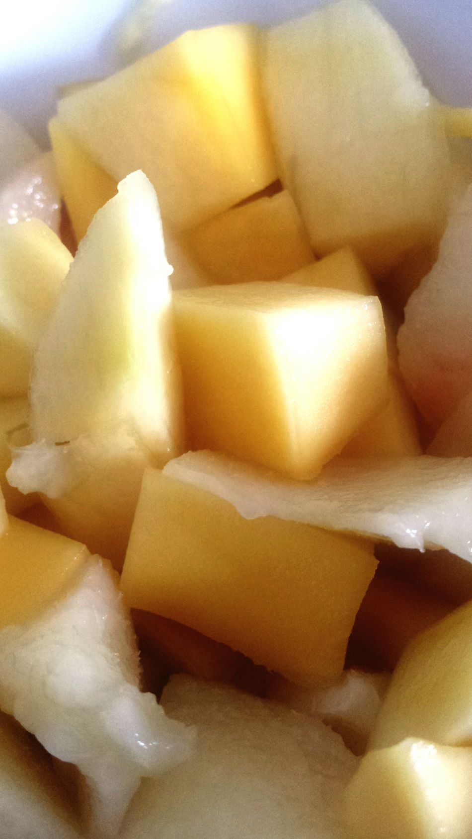 Goûter 😉 Mangue  Nectarine Fruits Fruitsalad Tropical Fruits Summer Fruits Fruits Lover Fruitsnacks Fresh Fruits Fruits And Vegetables