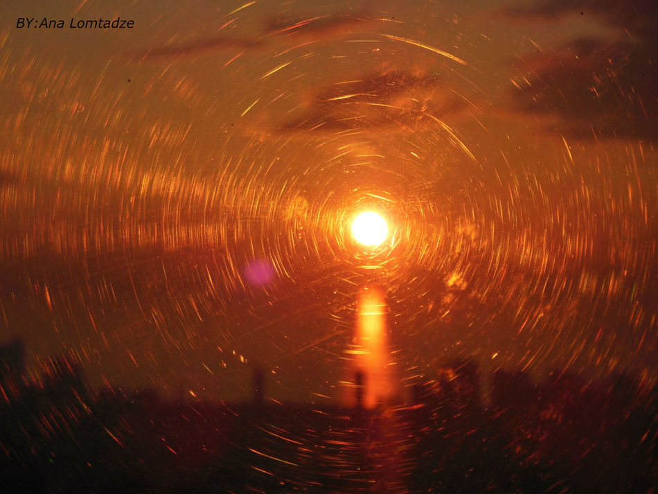 FeelingMyselfFind Me FindingforeverSunset #sun #clouds #skylovers #sky Nature Beautifulinnatu Re Naturalbeauty Photography Landscape [a:7103007] Close-up Illuminated Night Sunset EyeEmNewHere. Eyeemphotography