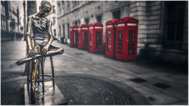 The Ballerina, opposite the Royal Opera House, and next to the abandoned Bow Street Magistrates Court, London Ballerina Black And White Blackandwhite Bronze Bronze Statue Camden City Of London City Of Westminster Coventgarden Eye4enchanting Eye4photography  EyeEm Best Edits EyeEm Best Shots London Phoneography Red Selective Color Selective Focus Showcase: January Statue Telephone Box