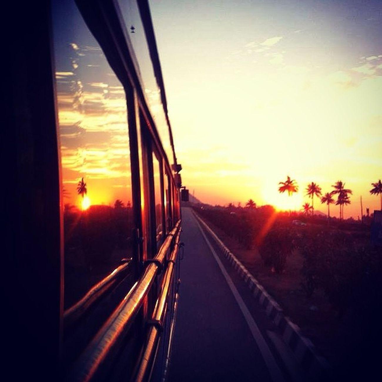 Road Bus Sun Sunset Ssunshot NH4 Bangalore Bangaluru Reflection Window Travel Photooftheday VSCO Vscocam Instairis Instacolors Instaevening Instabangalore IPhone Namma_karnataka Nammakarnatakamemes Karnataka India