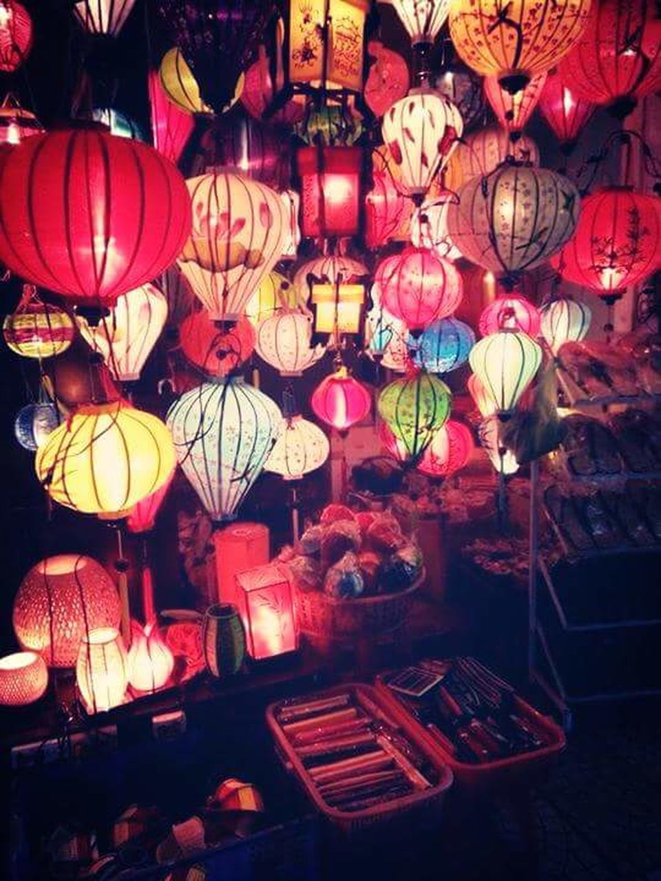 hanging, lantern, large group of objects, lighting equipment, choice, variation, no people, cultures, abundance, retail, multi colored, illuminated, indoors, night