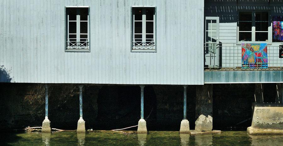 Architectural Column Architecture Artiste Bardage Boi Building Exterior Courbet Exterior Façade Fenêtre Igersdoubs Louey Nature Ornans Outdoors Peintre Peinture Reflet Residential Building Riviere