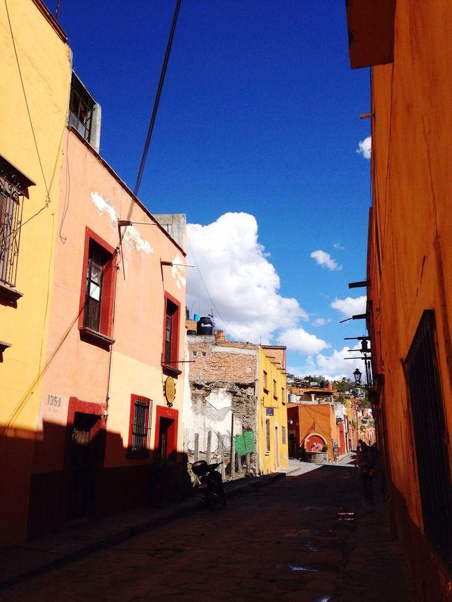 Mexico Small Town Colonial Architecture Colonial Style Colonial Era San Miguel De Allende