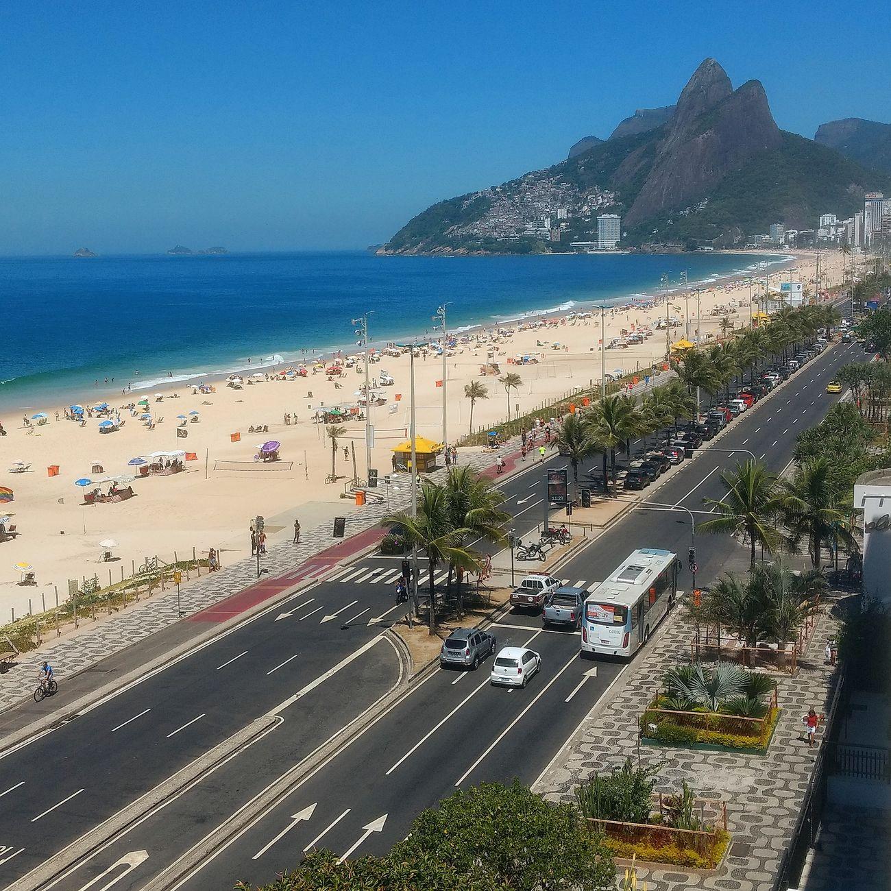 Ipanema Beach Rio De Janeiro Eyeem Fotos Collection⛵ Riodejaneiro Outdoors Rio De Janeiro, Brazil Sky Beach Photography Stree Photography