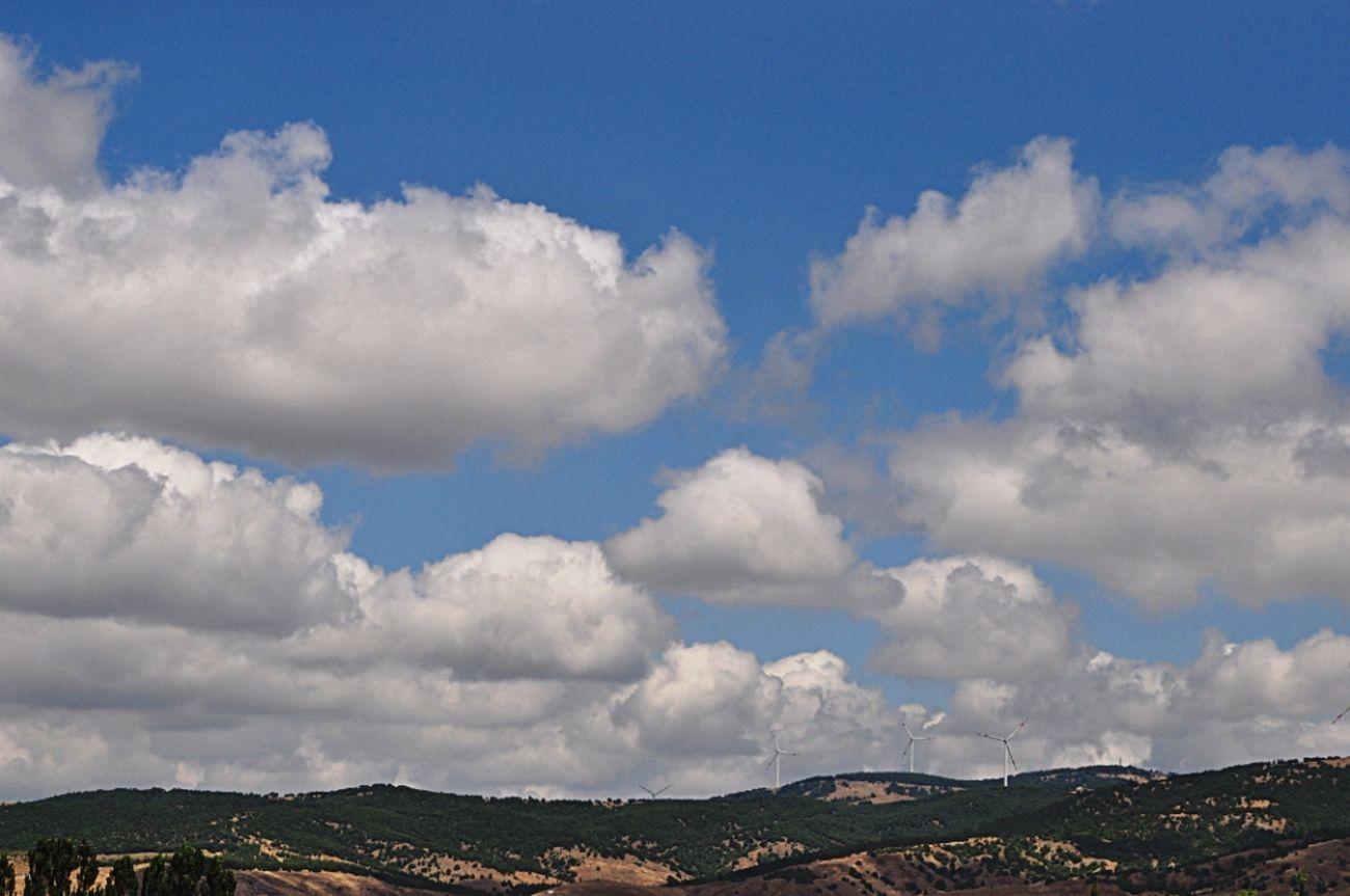Soft Pastel  Clouds And Sky Windrose Bluesky Turkey Beautiful Naturewithatouchofthecity Roadside Eskisehir City Village View Vista Point Dead End Mountains Rüzgarakarşı Ruzgargulleri Dağ Yeşillik Doğa Temiz Hava Misss Doğayıseviyorumm