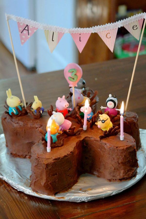 Cake Cakes Cakeporn Cake♥ Cake Time Cake Cake Cake Cake  Cakelovers Cakes! Choclate Chocolate♡ Chocolate Cakes Birthday Cake Birthday Birthday Party Birthdays Peppapig Peppa Pig Candle Candles Birthday Candles Three Candles Third Birthday