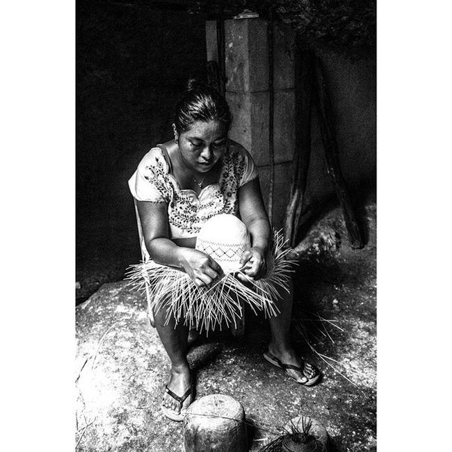 Canon 5dmarkll Artesania Mujer Sombrero Campeche Yúcatan Arte Fotografo Mexicomagico Mimexico Tdt B &n B &w