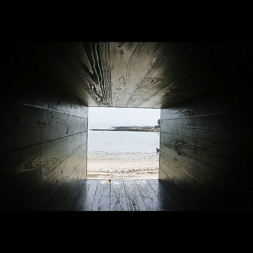 sea 穴 Beach No People Architecture Outdoors Water Tree