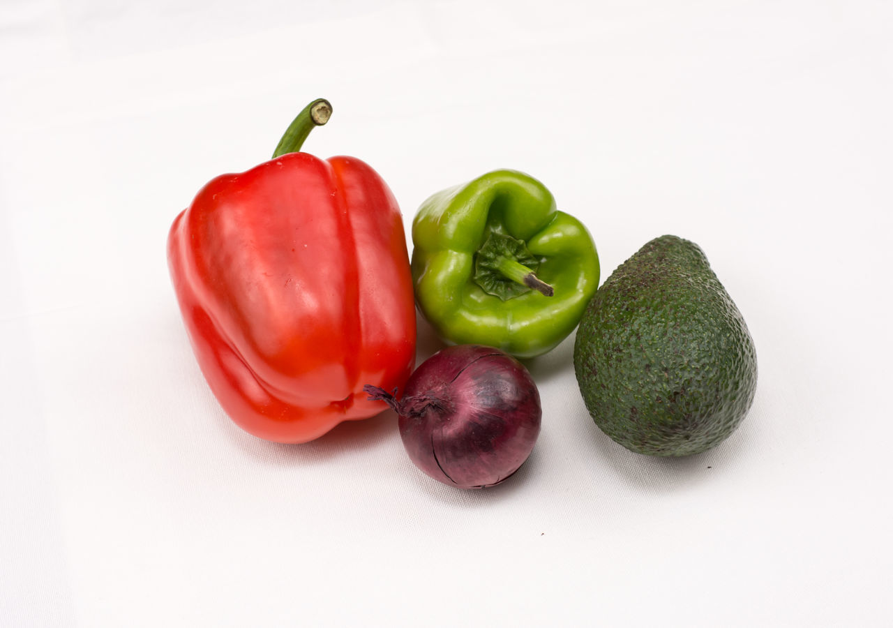 Bell Pepper Close-up Food Food And Drink Freshness Green Bell Pepper Healthy Eating No People Raw Food Red Red Bell Pepper Studio Shot Vegetable White Background
