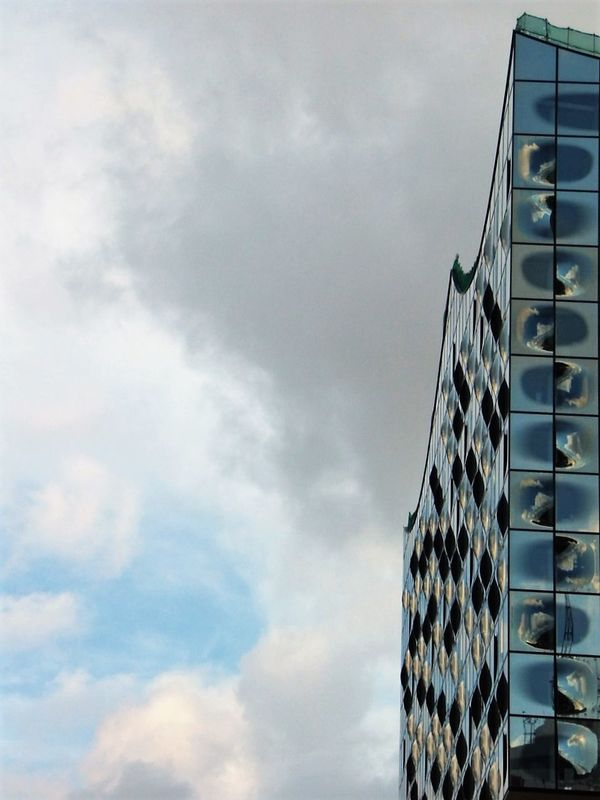 Architecture Blue Building Exterior Built Structure City Cloud Cloud - Sky Cloudscape Dramatic Angles Dramatic Angles. Angles.Eyeem4photography Low Angle View Sky Tall - High