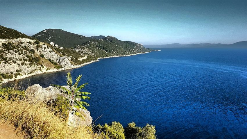 Water Sea Mountain Travel Destinations Nature Summer Vacations Beauty In Nature Walking Around My Year My View
