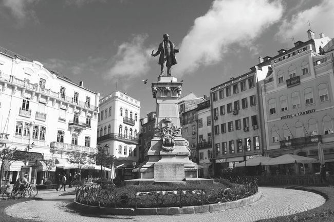 Coimbra !!! 🌟🌟🌟🌟 Travel Destinations Architecture City Statue Building Exterior No People Coimbracity Coimbralove