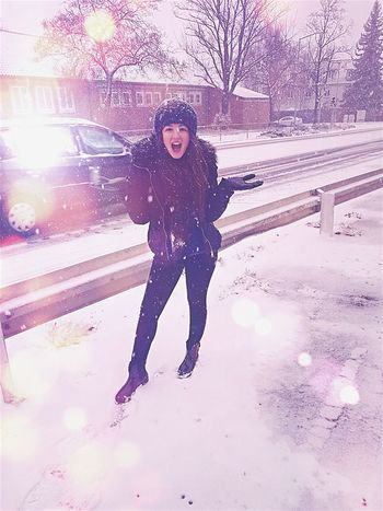 Snow ❄ White Color Love Snow ❄️⛄️ Snowman is missing. Snow Lady Have Fun Big Smile Happiness Winter Wonderland Where Is Santa Claus? I Am Ready Good Girl  Snow Is Falling  Enjoy The Moment Enjoy The Little Things Snowflake Ice Queen Ice Princess Cold Winter ❄⛄ Love White City In White