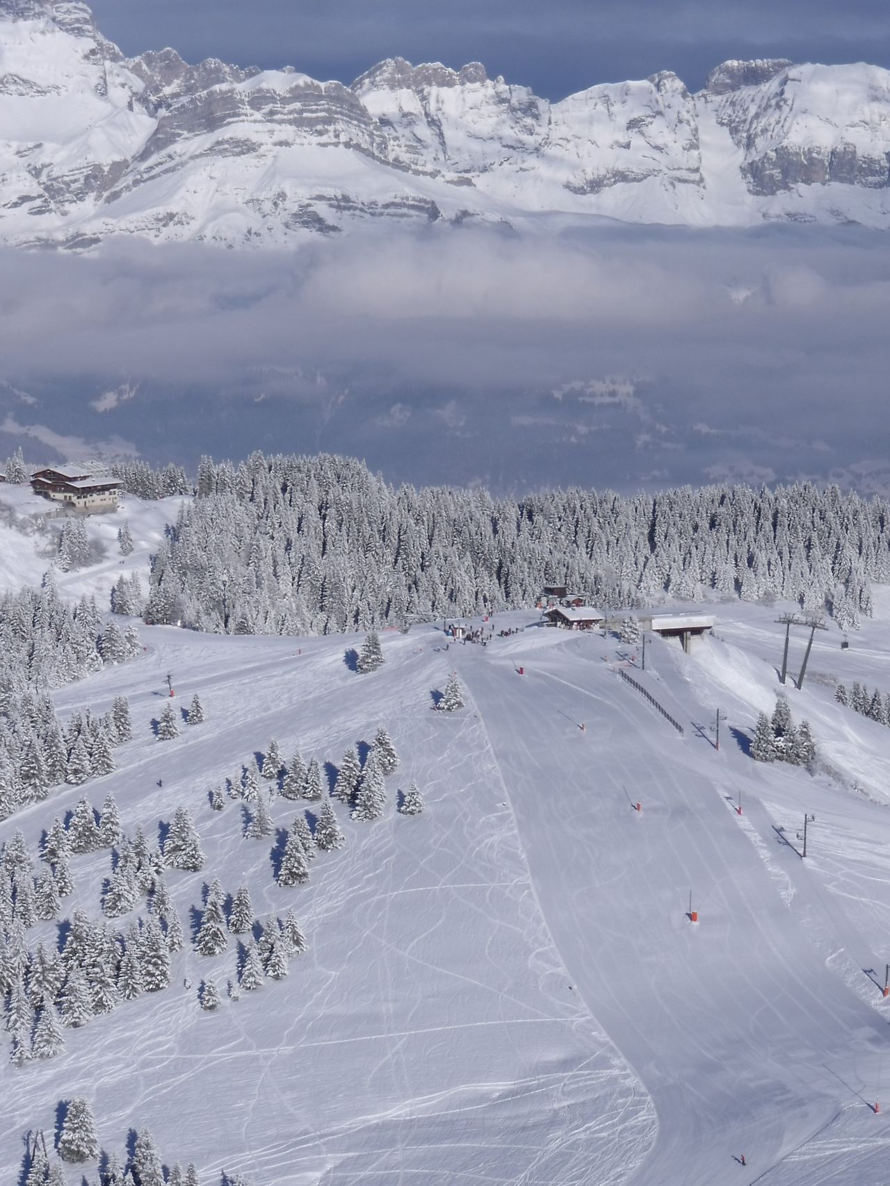 Cold Cold Temperature Covering Frozen Landscape Mountain Mountain Range Saint Gervais Season  Ski Snow Snow Covered Snowcapped Snowcapped Mountain Weather White Winter
