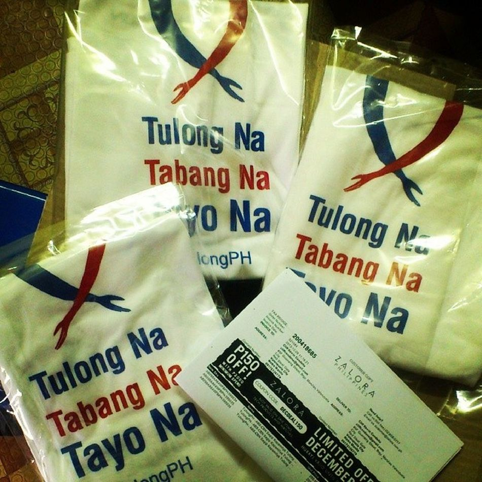 We just helped for the recovery of Bohol. Littlethings SimpleWay TabangShirt FreshFromZalora Zalora Thanks Boxed Shipped WithDiscount 250Pesos 100ShippingFee TeesForHK