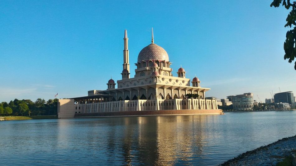 Mosque Putrajaya,malaysia building Landscape nature Scenery lake Beautiful colorful Hanging Out islam