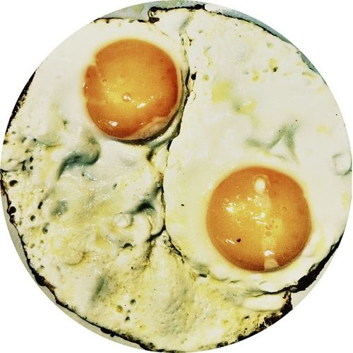 Yingyang eggs ?Too Cool Yo Eggyswag