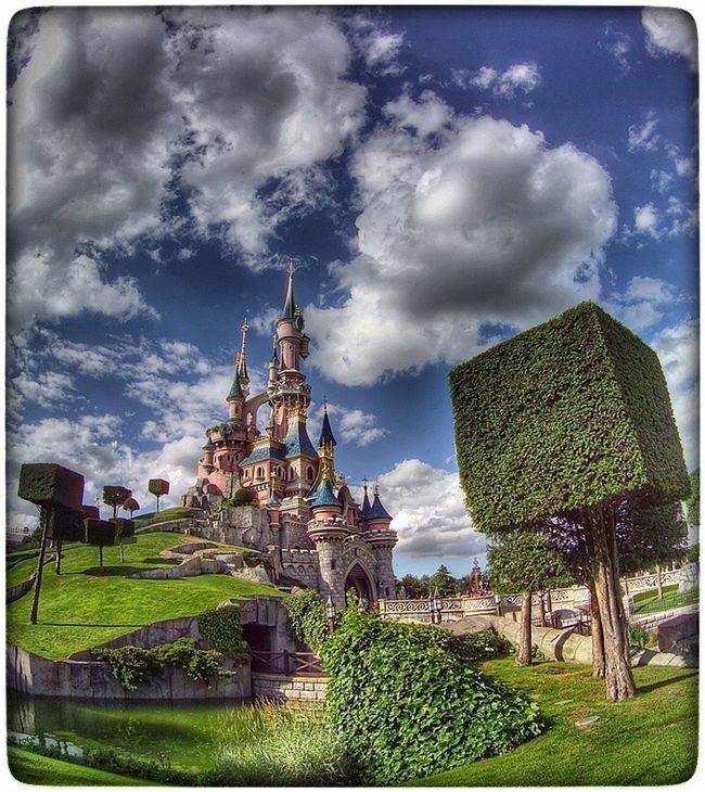 Paris ❤ France 🇫🇷 Disneyland Paris Disneylandparis Castle In The Sky Disneyland Resort Paris