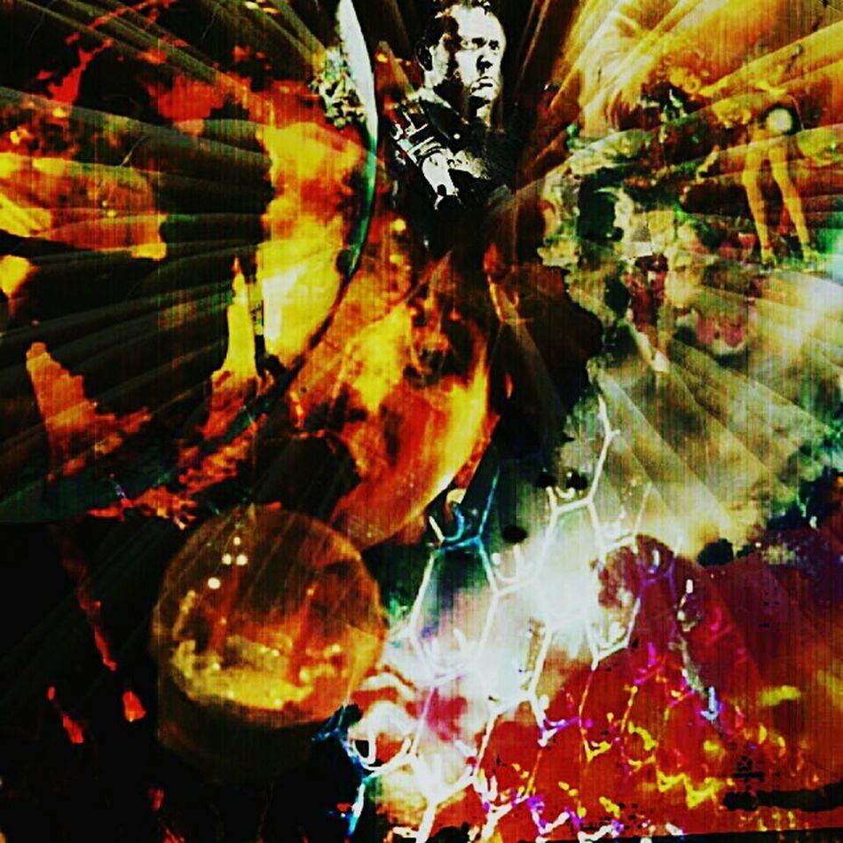 Enjoying Life Hello World Taking Photos Check This Out Look Through Working Space Trash Mirror Mirror Orb