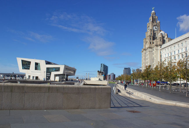 Architecture Blue Building Exterior Clear Sky Outdoors Built Structure Horizontal Sky City Day The Liver Building Liver Building Travel Destinations