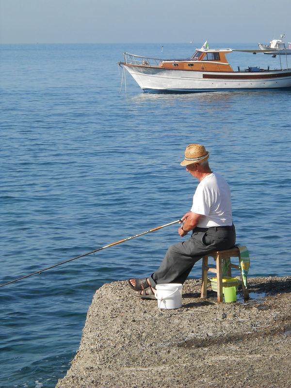 Fish Fisherman, Fishermen Fishing Fishing Boat Pescatore Pescatore Seduto Porticciolo Sea First Eyeem Photo