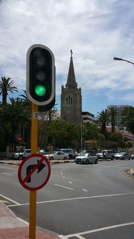 Road Sign No People Road City Architecture Stoplight Cityscape Cape Town, South Africa Amazing Place EyeEmNewHere Streetphotography Street Life Architecture Church In Background Church In The City Transportation Cars Cars On The Road!! Traffic City Movement No Edit/no Filter