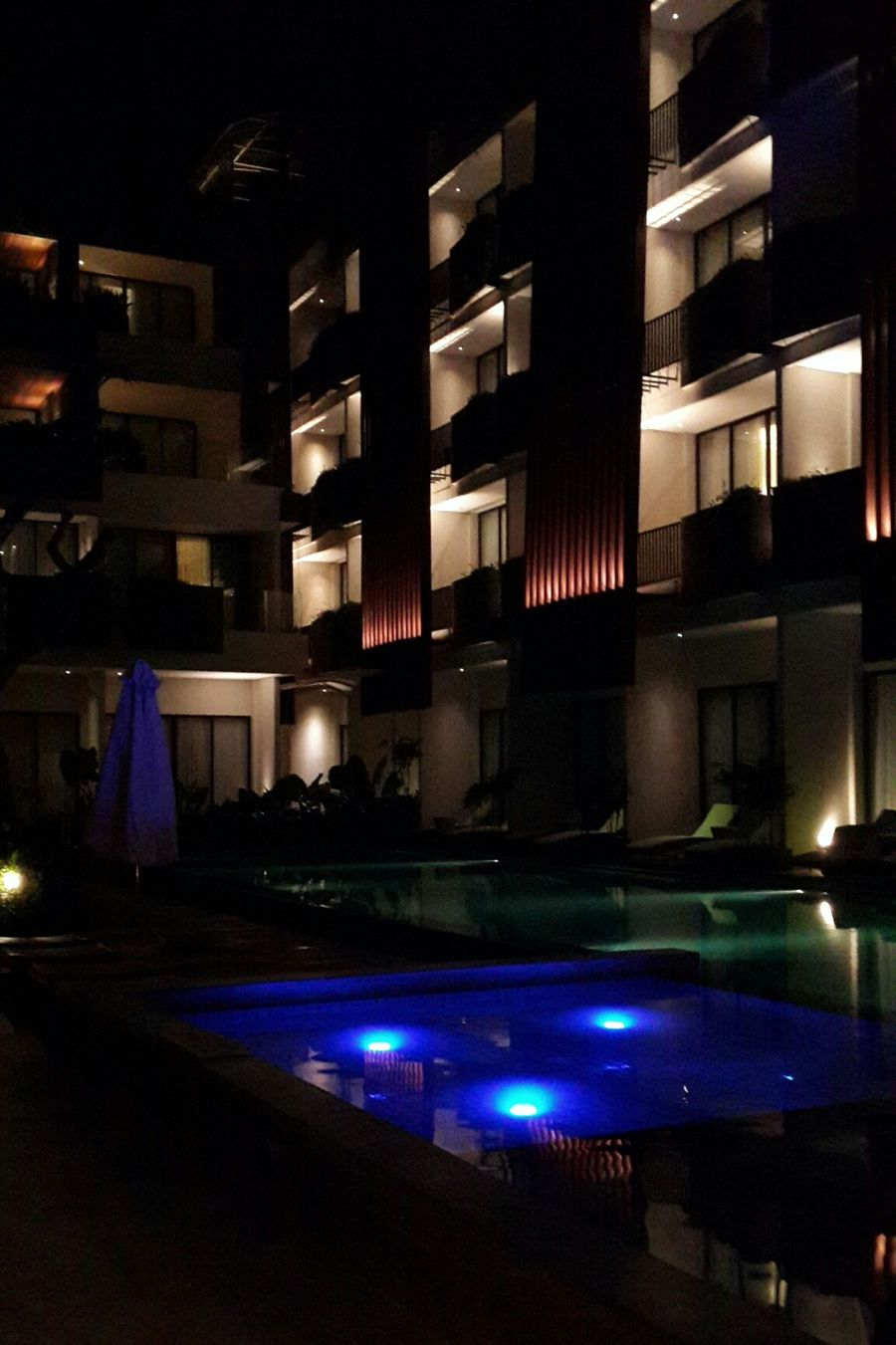 Nite all Holiday Hotel Pool Nice Atmosphere Architecture Seminyak Bali Night Photography