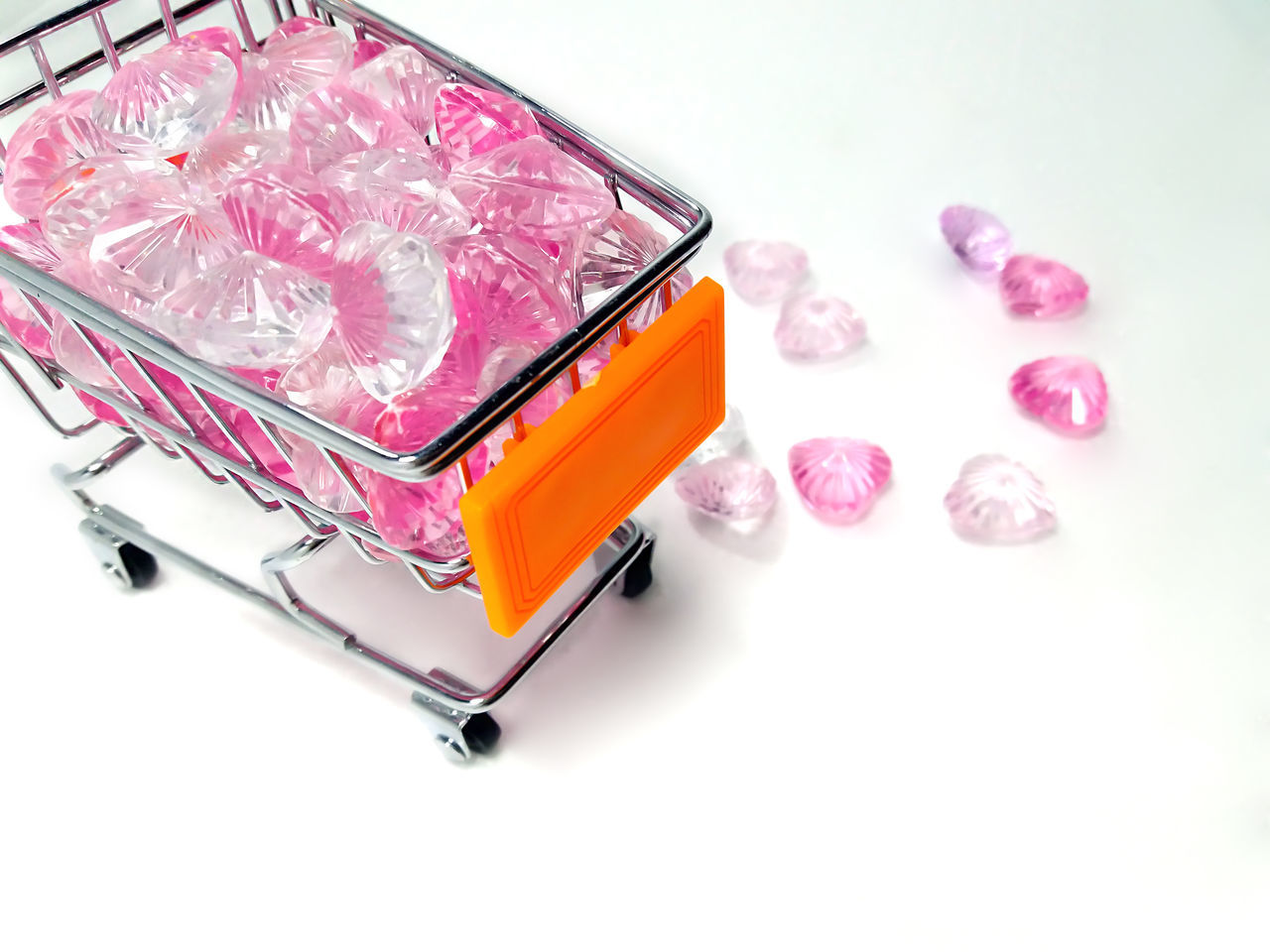 Shopping for Love Cart Close-up Crystal Hearts Day Mar Market No People Online  Online Shopping  Onlineshop Pink Color Pink Crystals Pink Hearts Shopping Studio Shot White Background