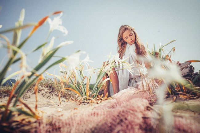 Is not she beautiful⁉️👌🏼👌🏼👌🏼 Photoshoot Photography Strobe Fine Art Photography Portrait Low Angle View Surface Level Plants And Flowers Flowers Beach Summer Beautiful Nature Outdoors Girl Outdoors Photograpghy  Gorgeous Beautiful Girl