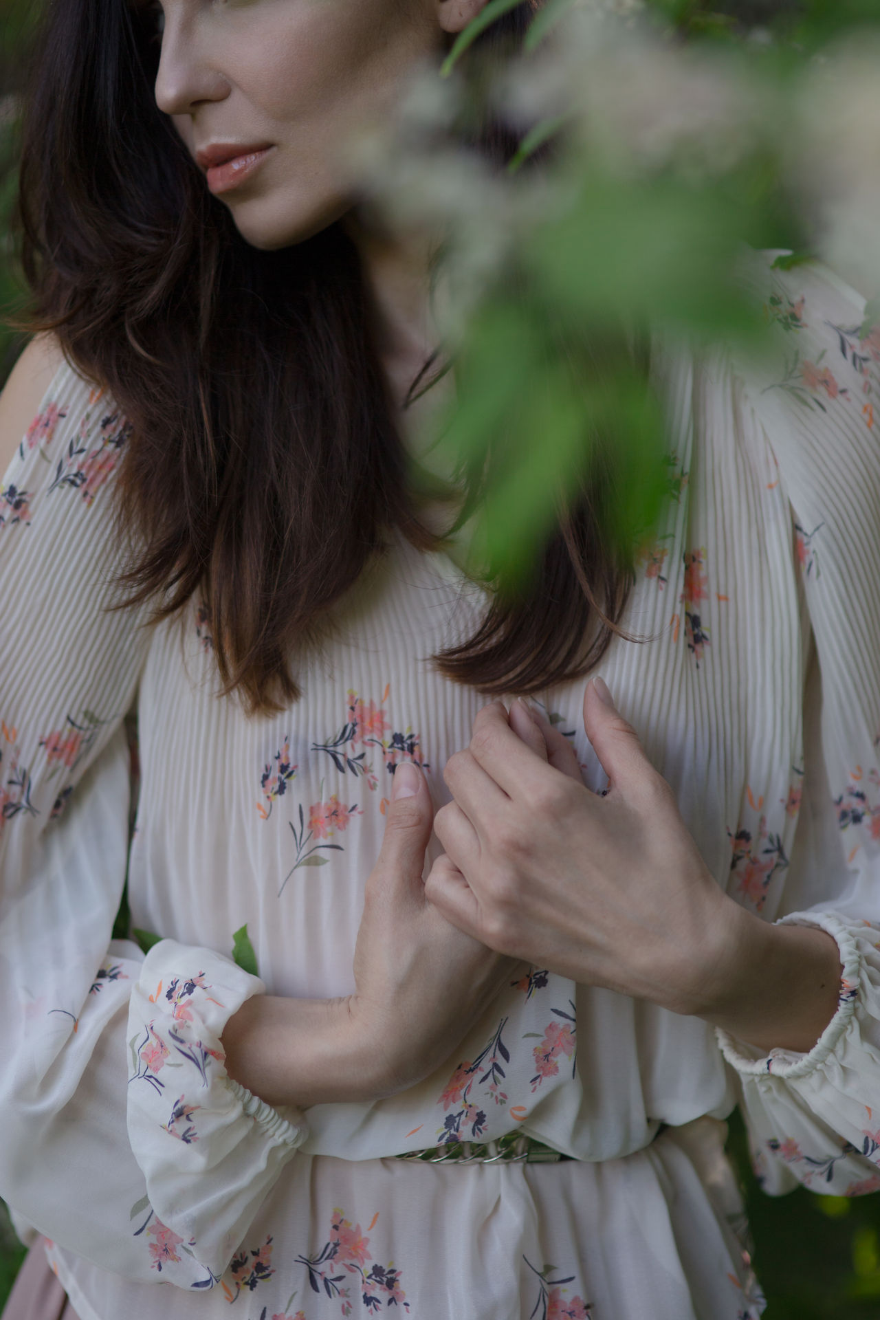 Close-up Day Dreaming Faceless Portrait Female Front View Hands Human Hand Indoors  Leisure Activity Lifestyles Midsection Midsummer Nature People Real People The Portraitist - 2017 EyeEm Awards Women Young Adult Young Women