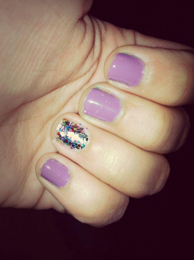 #nails #polish #purple #sparkle #glitter #rainbow