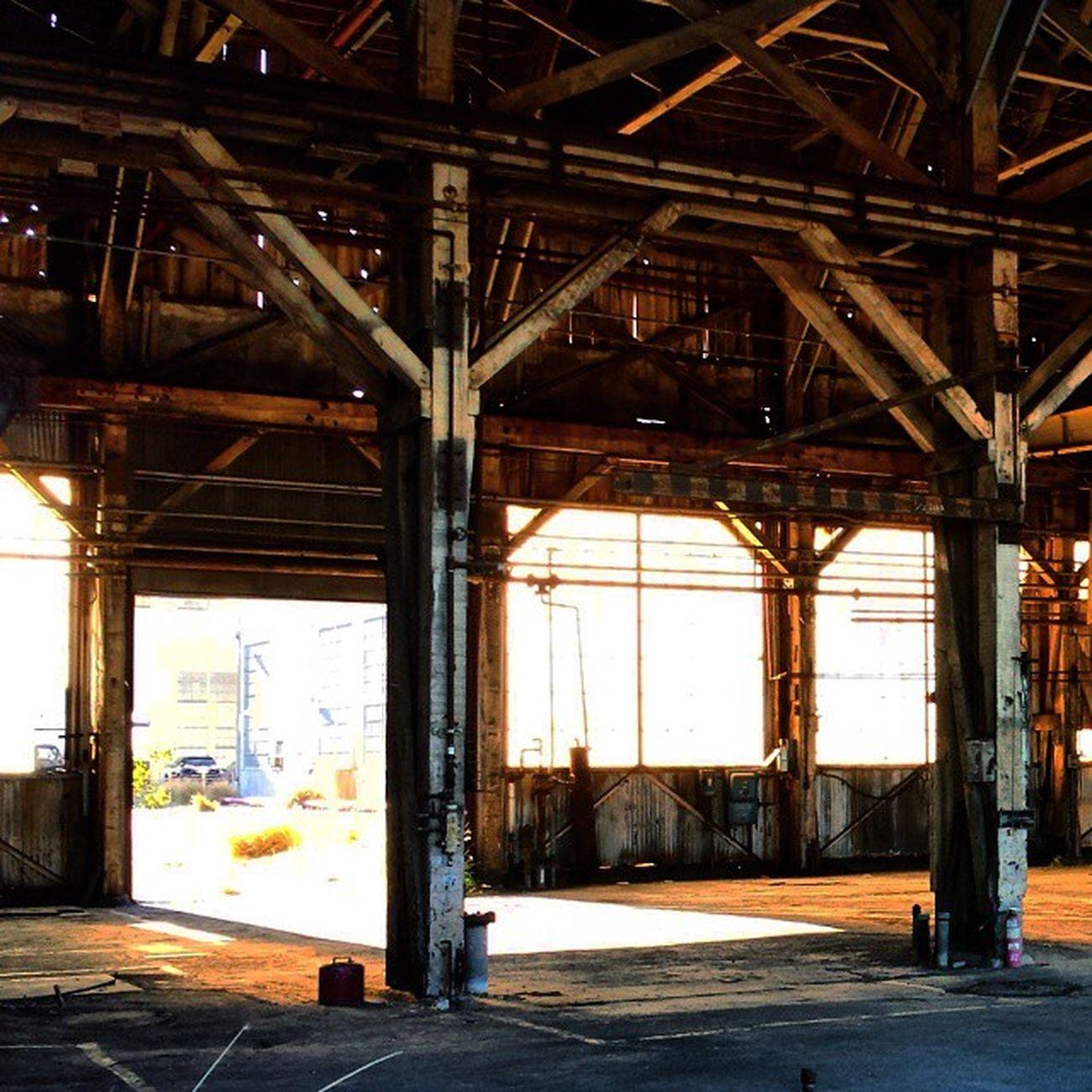 Abandonedwarehouse Setlife
