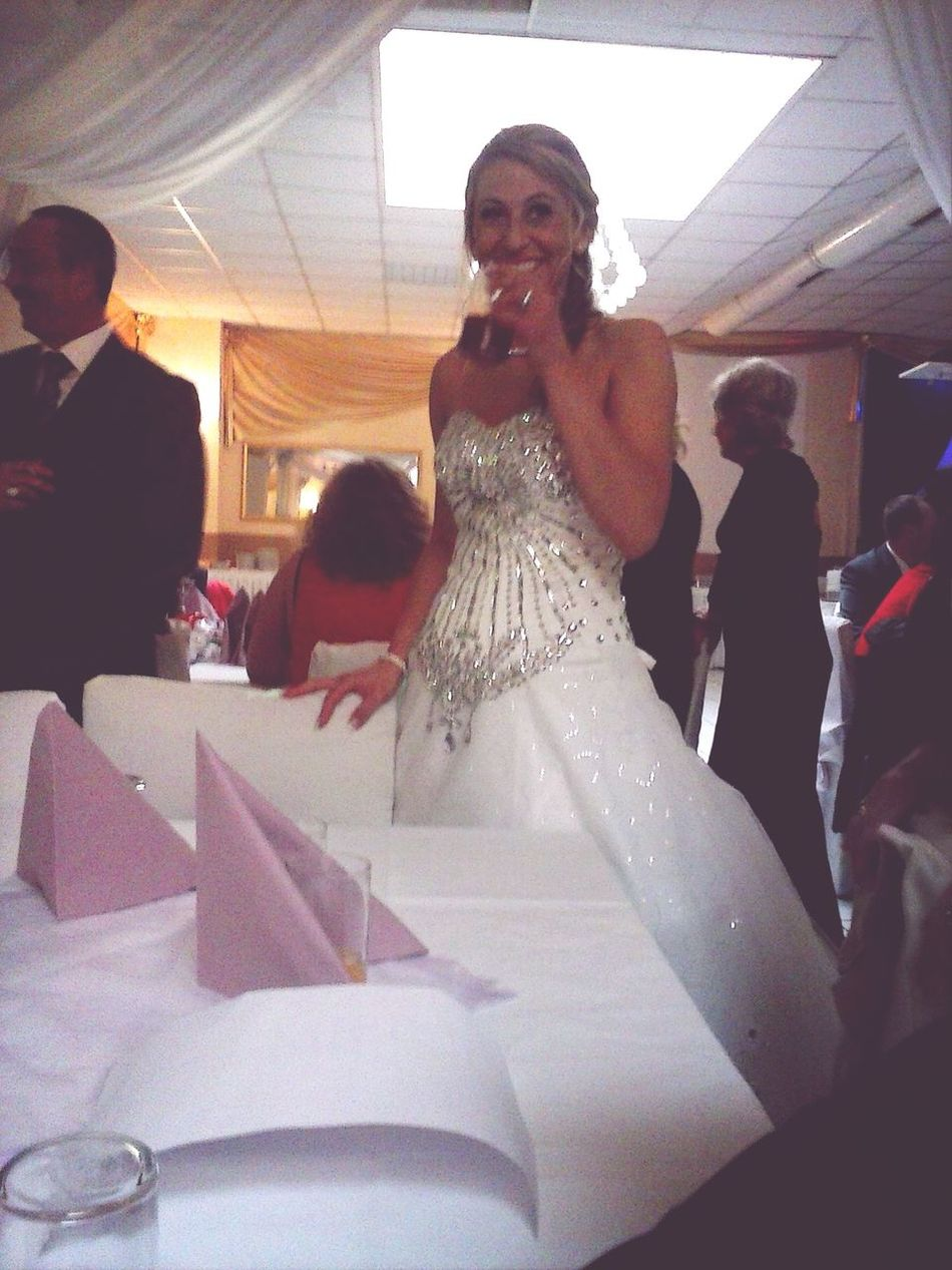 My cousin from yesterday on her wedding day. *__* Wonderful :)  Cousin ❤ Wife's Ring Love ♥