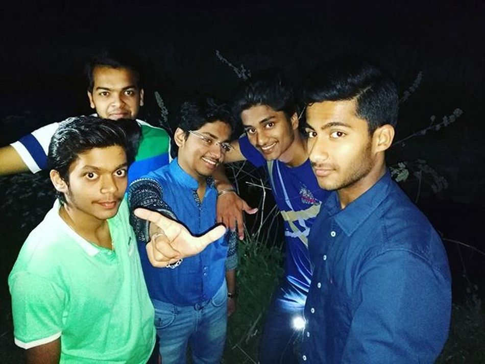 Igaddict Friends Forever Besties Last Meeting Likeforlike Full Masti Memorableday Missyouguys Yesss!!! Because Today We met for the Last Time.... We all had a Great Time Together.... Hope we Will Meet Again...