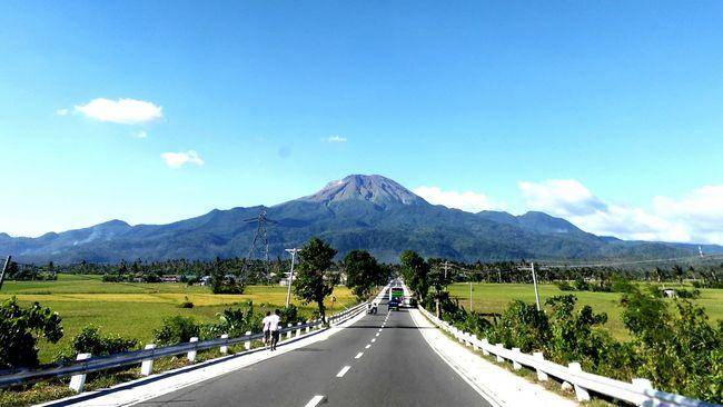Mount Bulusan: Sorsogon's Majestic Volcano Check This Out Hello World Taking Photos Hanging Out Enjoying Life Hi! First Eyeem Photo